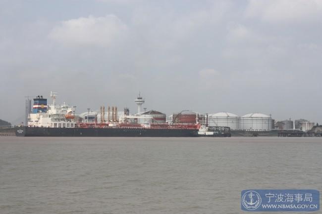 宁波镇海港区上半年散装化学品货物进出港数量突破500万吨 海事部门